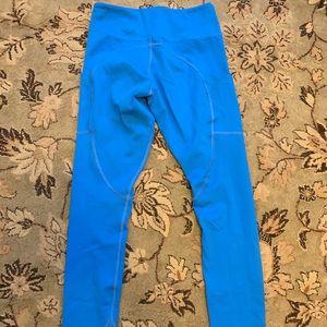 NWOT blue Curves leggings